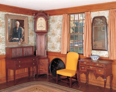 The parlor in the Winslow Crocker House in Yarmouth Port, Massachusetts