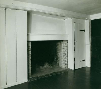 Hall Chamber of Cooper-Frost-Austin House in Cambridge, Massachusetts