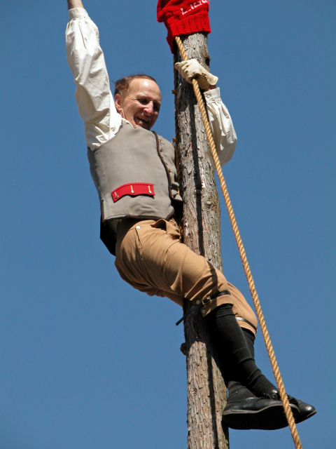 Pole Capping 2014